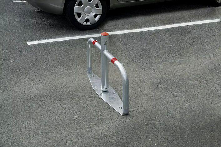 Parkbügel TELDE mit kurzem Mittelpfosten, zum Aufdübeln