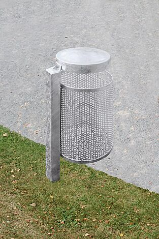 Abfallbehälter KINGSTON, Lochblech, mit Schutzdach, feuerverzinkt