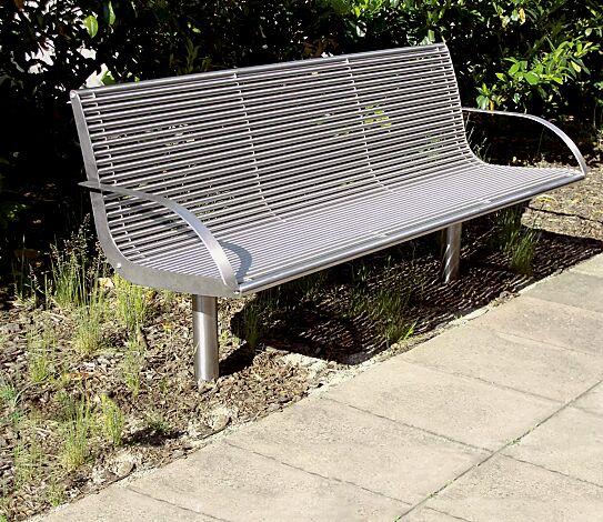 Sitzbank OLBIA mit Rückenlehne und Armlehnen, aus Edelstahl geschliffen