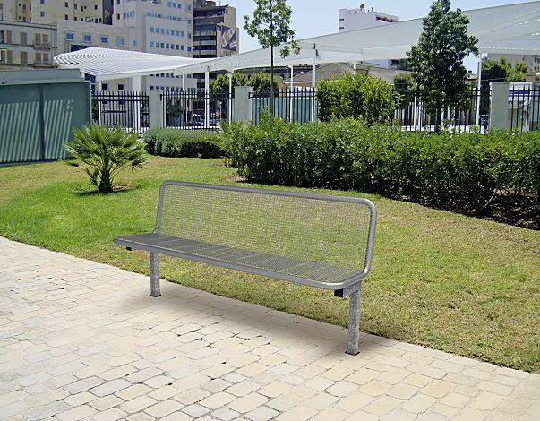 Sitzbank VOLTERRA mit Rückenlehne, mit Drahtgitter, Füße feuerverzinkt, Sitzfläche und Rückenlehne in RAL 9006 weißaluminium