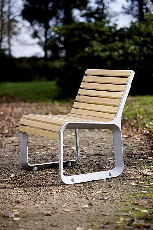 Sitz PORTIQOA mit Rückenlehne, mit Robinienholzbelattung
