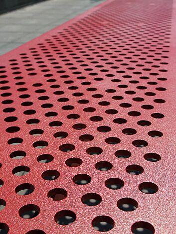 <p>Detail: Sitzfläche ohne Kunststoffnoppen</p>
