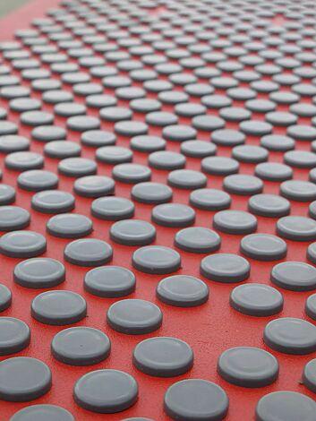 Deatial: Kunststoffnoppen