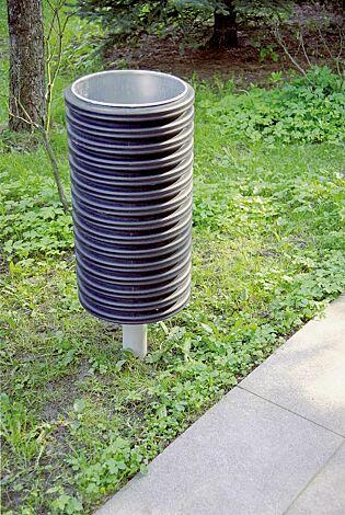 Abfallbehälter CYLINDRE, 56 Liter, mit Pfosten mittig zum Aufdübeln, in RAL 9006 weißaluminium