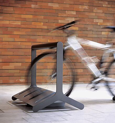Fahrradständer VELO mit Griffstange, doppelseitig, 4 Stellplätze, in DB 703 eisenglimmer