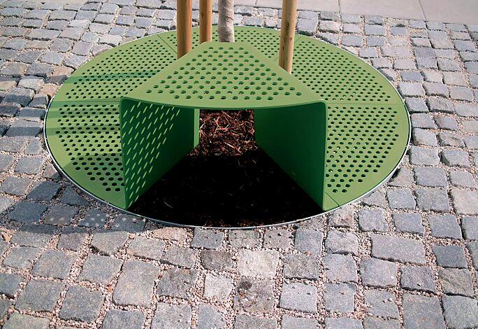 Baumschutzrost SINUS mit 1 Sitz, Sitz ohne Kunststoffnoppen, in RAL 6010 grasgrün
