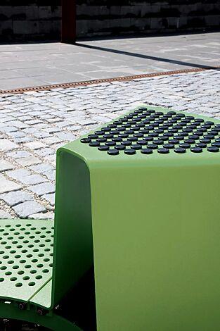 Detail: Sitz mit Kunststoffnoppen