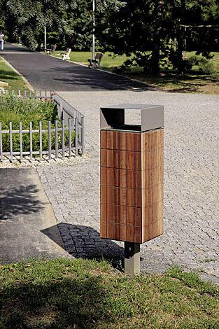 Abfallbehälter NANUK, quadratisch, mit Schutzdach, Korpus: Jatobaholzbelattung, Stahlteile in RAL 9007 graualuminium<br>