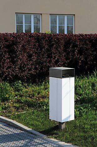 Abfallbehälter NANUK, quadratisch, mit Schutzdach, Korpus: Stahlblech, in RAL 9007 graualuminium und RAL 9010 reinweiß (zweifarbig auf Anfrage)