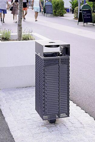 Abfallbehälter NANUK, quadratisch, mit Schutzdach und Ascher, Korpus: Streckmetall, in RAL 7016 anthrazitgrau und RAL 9007 graualuminium (zweifarbig auf Anfrage)