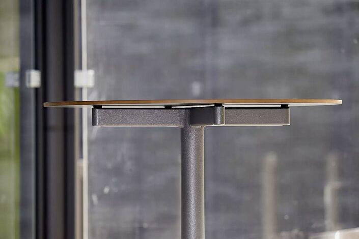 Detail: Tischplatte