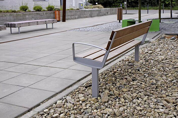 Sitzbank INTERVERA mit Jatobaholzbelattung, Stahlteile in DB eisenglimmer