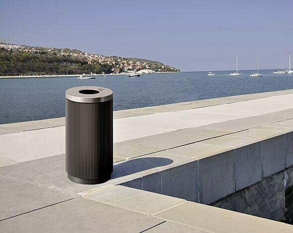 Abfallbehälter MIDDLETON mit Ascher, 100 Liter, zum Aufdübeln, Korpus in DB 703 eisenglimmer