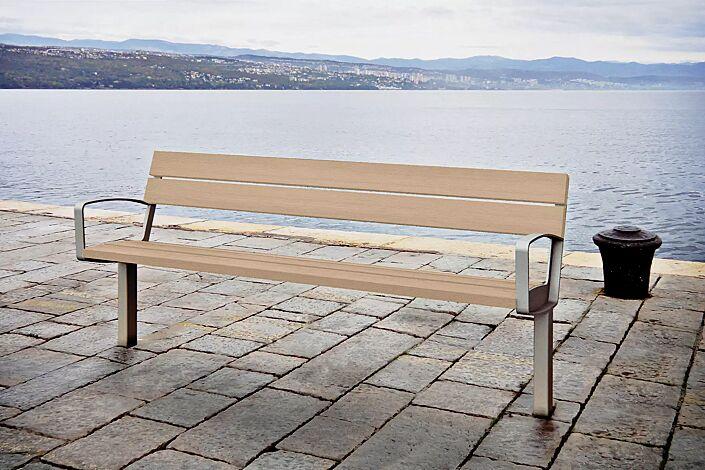 Sitzbank INTERVERA mit Resystabelattung lasiert in pale golden, Stahlteile in 9007 graualuminium