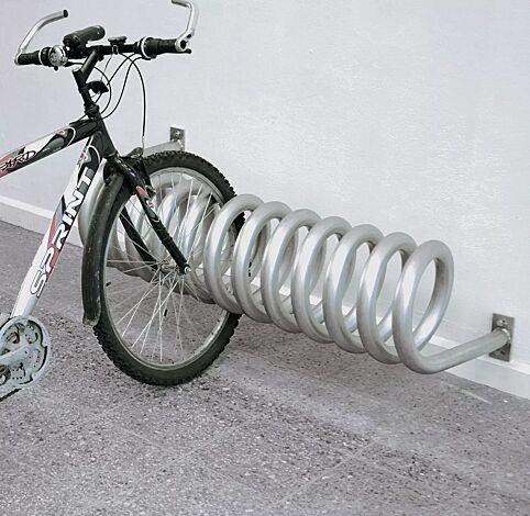 Fahrradständer DESIGN-PARKER zur Wandbefestigung, 3 Stellplätze, feuerverzinkt