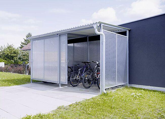 Fahrradhaus FORTUNA, für 8 Fahrräder, Dachbreite x Dachtiefe 4200 mm x 2500 mm, Stahlkonstruktion feuerverzinkt inkl. Schiebetüren und Wände Aluminiumlochblech, natur, Dacheindeckung Stahlwellblech