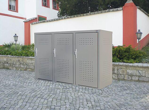 Müllbehälter-Dreifachschrank FLEET, in DB 702 eisenglimmer, Türen mit fester Griffplatte außen und Klinke innen