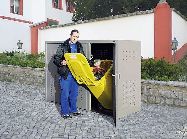 Müllbehälter-Dreifachschrank FLEET, in DB 702 eisenglimmer, Türen mit fester Griffplatte außen und Türdrücker innen