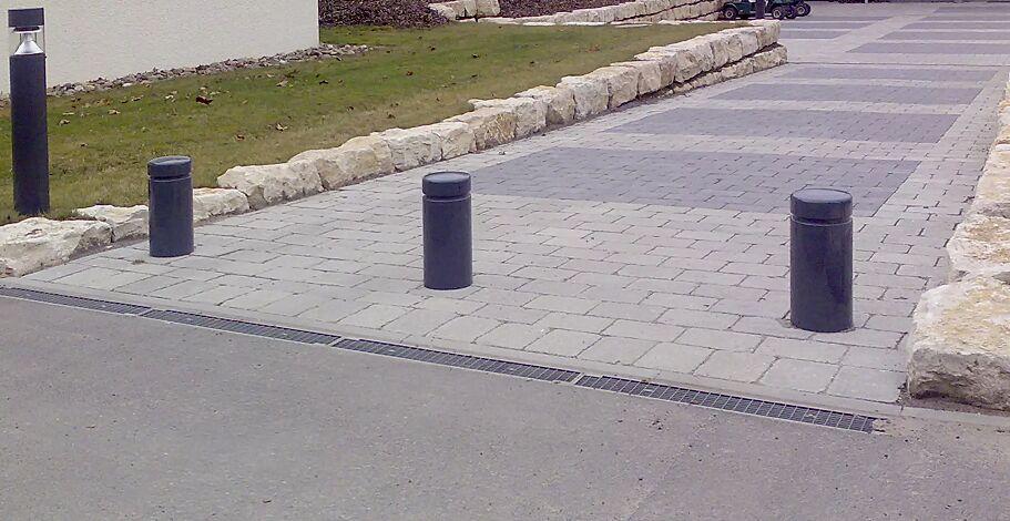 Rammschutzpoller BOULEVARD, in RAL 7016 anthrazitgrau