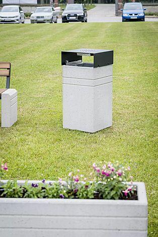Abfallbehälter BRNO mit Schutzdach und Ascher, in RAL 7021 schwarzgrau