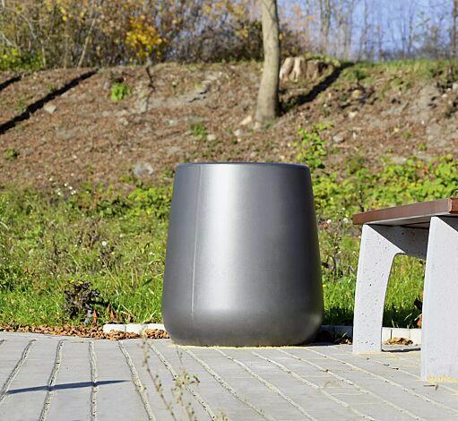 """<div id=""""container"""" class=""""container"""">Abfallbehälter KOBE aus Beton, beschichtet in grau</div>"""