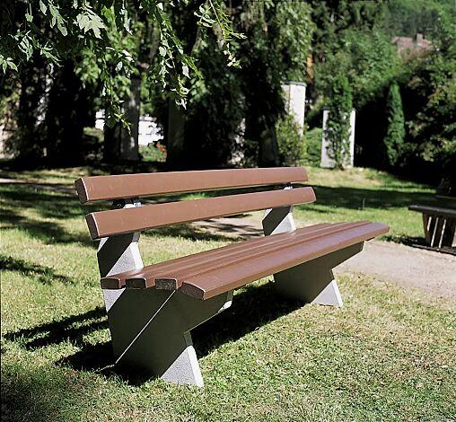 Sitzbank BOLZANO mit Rückenlehne, Recycling- Kunststofflatten in braun