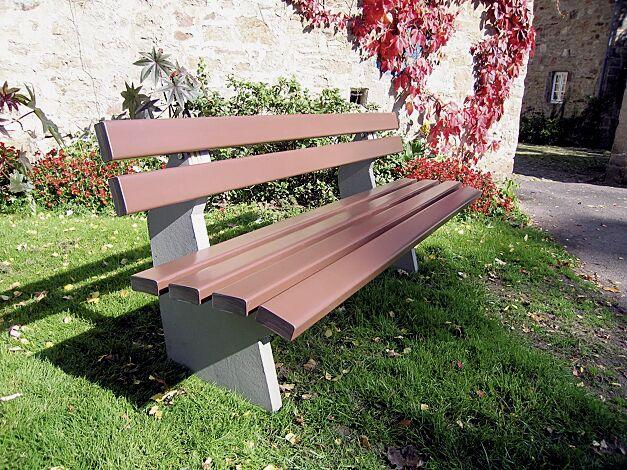 Sitzbank BOLZANO mit Rückenlehne, Recycling-Kunststofflatten in braun