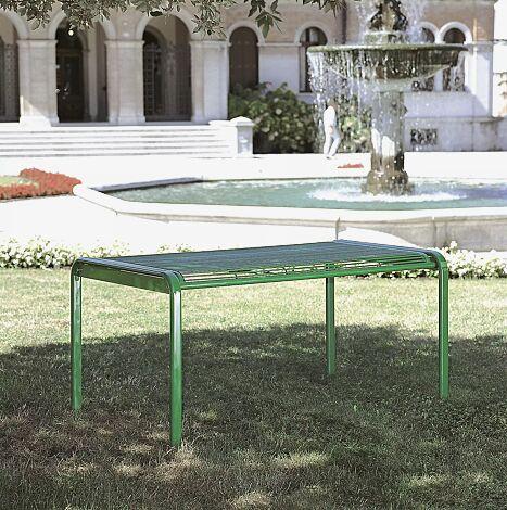 Tisch ETHOS in RAL 6029 minzgrün