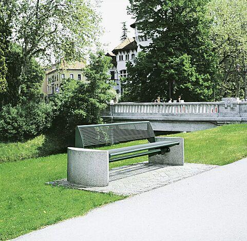 Sitzbank TAURUS mit Rückenlehne, in RAL 6005 moosgrün