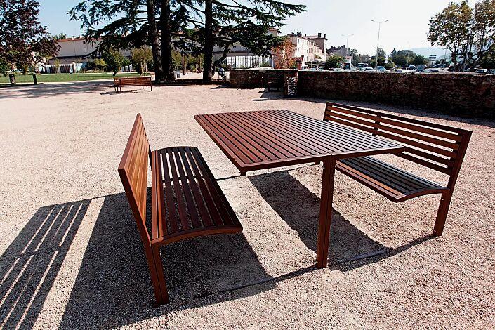 Bank-Tisch-Kombination CAMILLA, Stahlteile in RAL 8012 rotbraun