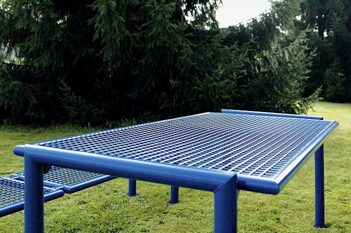Detail: Tisch SEVERO in RAL 5017 verkehrsblau