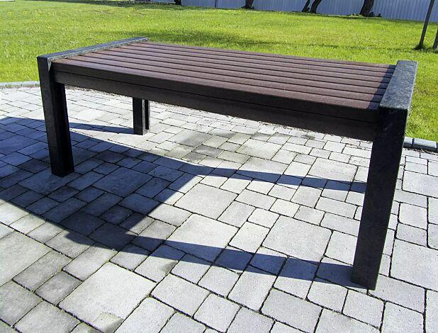 Tisch ODERZO aus Recyclingkunststoff
