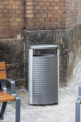 Abfallbehälter BASIC in DB 703 eisenglimmer und RAL 9006 weißaluminium