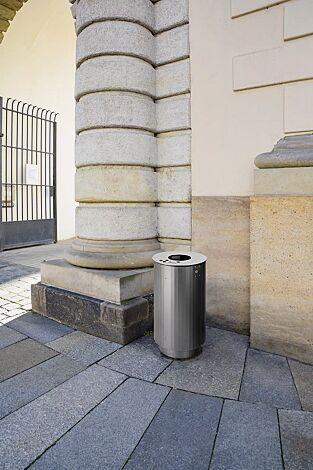 """<div id=""""container"""" class=""""container"""">Abfallbehälter BEXHILL mit Ascher, 90 Liter, mit Sockel, in DB 703 eisenglimmer</div>"""