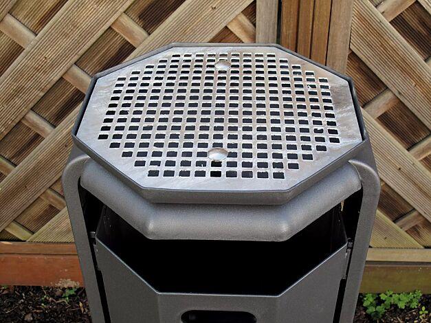 Abfallbehälter COVENTRY, zum Aufdübeln, mit Ascheraufsatz COVENTRY, in DB 703 eisenglimmer
