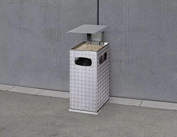 """<div id=""""container"""" class=""""container"""">Abfallbehälter DUBLIN mit Ascher, Schutzdach in RAL 9006 weißaluminium</div>"""