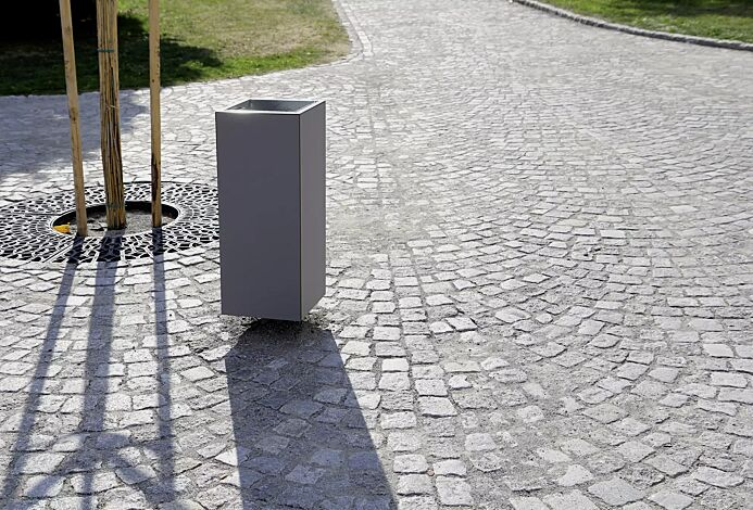 Abfallbehälter NANUK, quadratisch, Korpus: HPL in grau, Stahlteile in RAL 9007 graualuminium