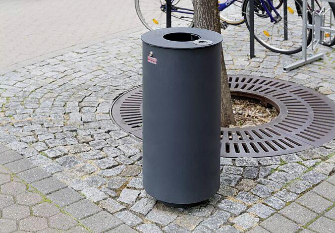 "<div id=""container"" class=""container"">Abfallbehälter NORANDA mit Ascher, in RAL 7016 anthrazitgrau</div>"