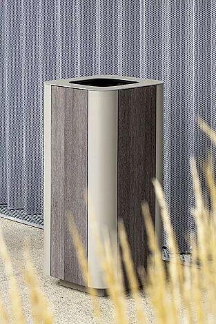 Abfallbehälter PAOSA, Stahlteile in DB 701 eisenglimmer, Korpus aus grauem Zedernholz