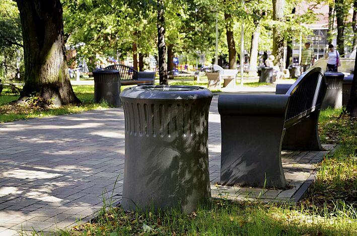 Abfallbehälter SAVONA mit Ascher, in graphit, Sitzbank SAVONA auf Anfrage