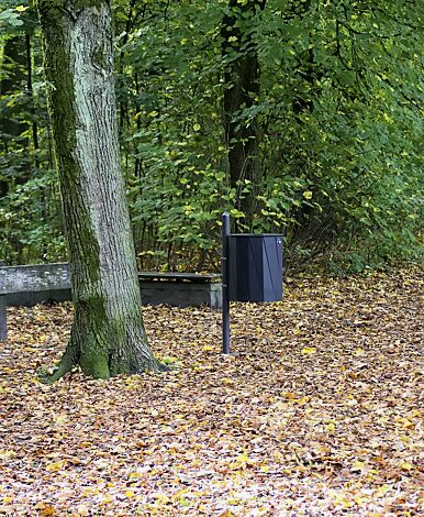 Abfallbehälter TENBY zur Pfostenbefestigung (Pfosten Zubehör), 50 Liter, in RAL 7016 anthrazitgrau