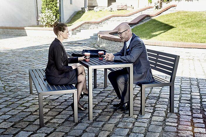 Bank-Tisch-Kombination LIGURIA mit Stahlauflage, bestehend aus einem Tisch, Sitzbank mit und ohne Rückenlehne, zum freien Aufstellen, in DB 703 eisenglimmer