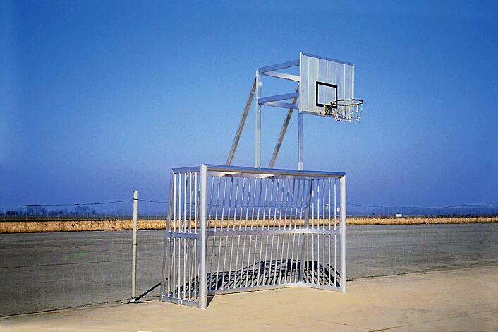 Bolzplatztor mit Basketballbrett CALI