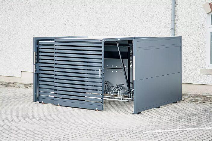 Fahrradgarage STYLEOUT® BIKE L, Rück-, Seitenwände und Schiebetüren in RAL 7016 anthrazitgrau, Dach Aluminium eloxiert, mit Ablagefläche und Steckdosenleiste (Mehrpreis)