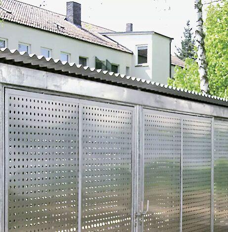 Fahrradhaus mit Dacheindeckung Stahlwellblech