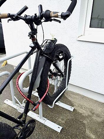 auch für Fahrräder mit breiten Reifen geeignet