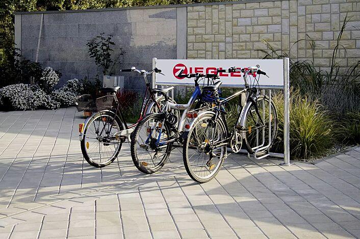 Fahrradständer ADELAIDE einseitig, zum Aufdübeln, 3 Stellplätze, mit Werbeschild (Zubehör), feuerverzinkt