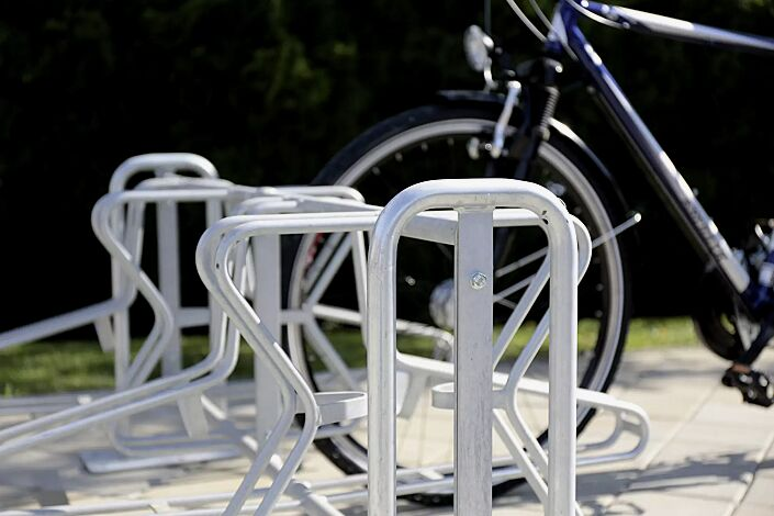 Fahrradständer MADISON, zum Aufdübeln, 8 Stellplätze