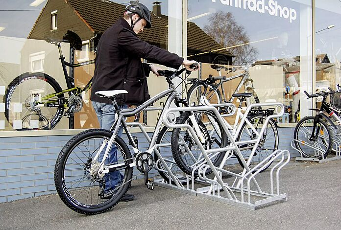Fahrradständer NORWALK, doppelseitig, 4 Stellplätze, 4 Anlehnbügel