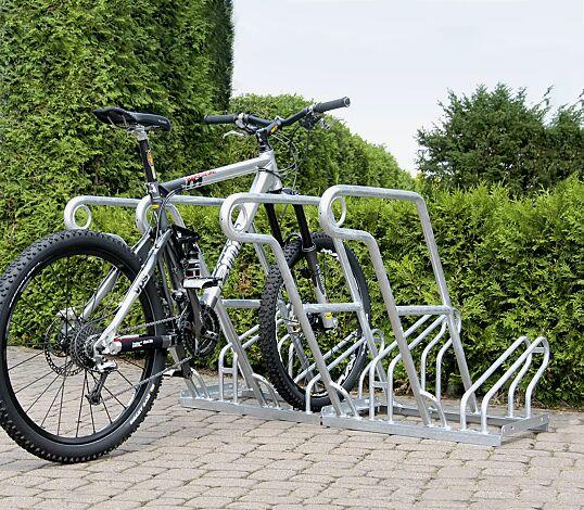 """<div id=""""container"""" class=""""container"""">Fahrradständer NORWALK, einseitig, 4 Stellplätze, 4 Anlehnbügel</div>"""